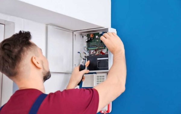 Why choose our emergency electrician services?